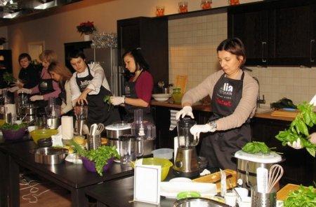 Судья шоу «Адская кухня» Юлия Высоцкая открыла Кулинарную студию