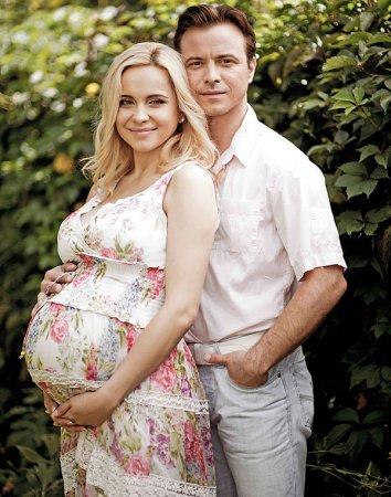 Лилия Ребрик на 9-м месяце беременности снялась в фотосессии